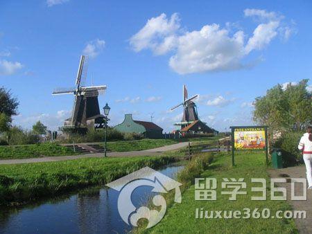 荷兰留学:本科在读、专科毕业生申请指南