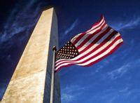 始建于1833年的华盛顿纪念碑与qile518国旗