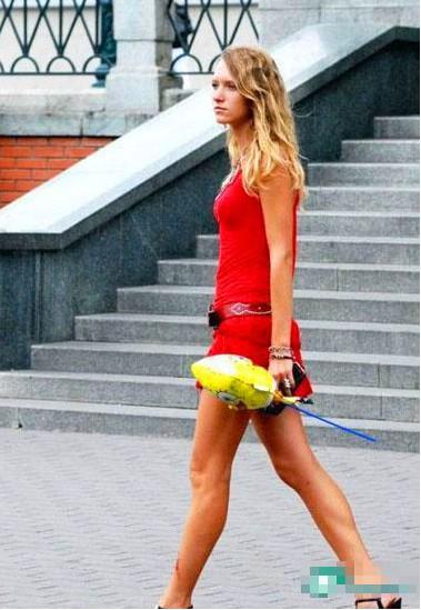 街拍:与乌克兰街头美女邂逅(组图)