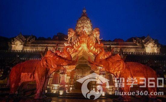 泰国普吉岛热门景点推荐之幻多奇乐园