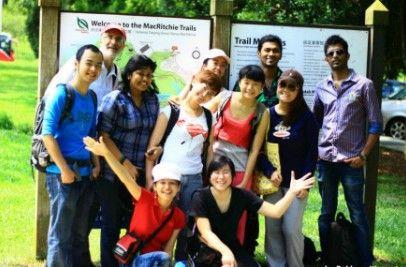 詹姆斯库克大学新加坡校区学生组织徒步旅行