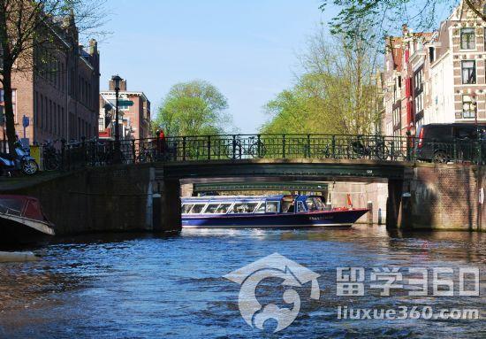 荷兰留学新政策