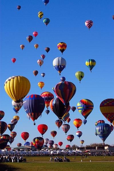 热气球 398_599 竖版 竖屏图片