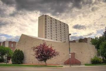 北阿尔伯塔大学