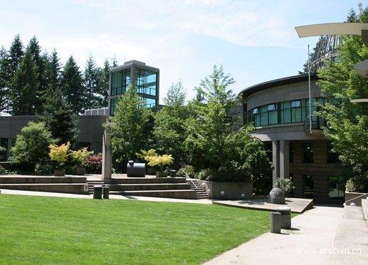 360教育集团旗下加拿大教育联盟介绍,卡比兰诺大学创办于1968年,是