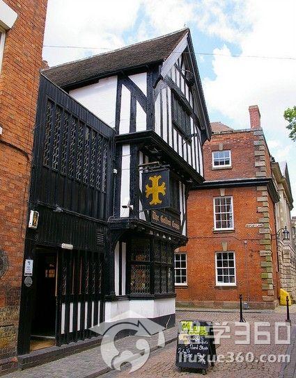 例如半木结构房屋,全国最漂亮的中世纪市政厅