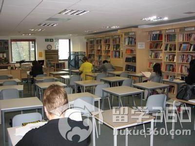 英国高中教室图片