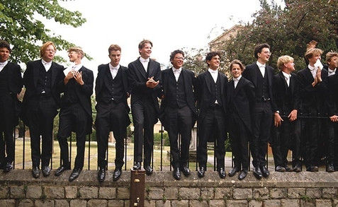 中学校服-英国高中生校服图片