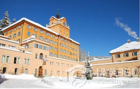 瑞士阿尔卑斯山卓士学校