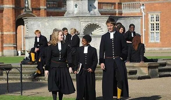 英国中学校服