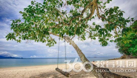 吉打州兰卡威岛的直浪海滩