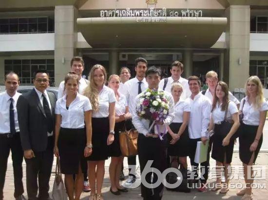 【泰国留学录取榜-第310例】罗同学喜获曼谷皇家理工大学录取通知书――英语成绩不理想,可以选择中英文双语项目