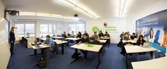 高考失利,重获信心  成功获得瑞士欧洲大学的offer