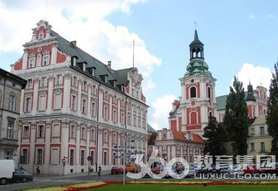 波兰留学程序
