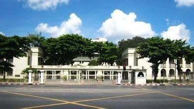 拉卡邦先皇技术学院