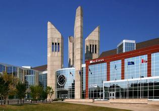 麦科文大学