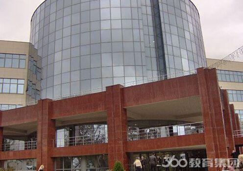 布尔加斯自由大学申请条件