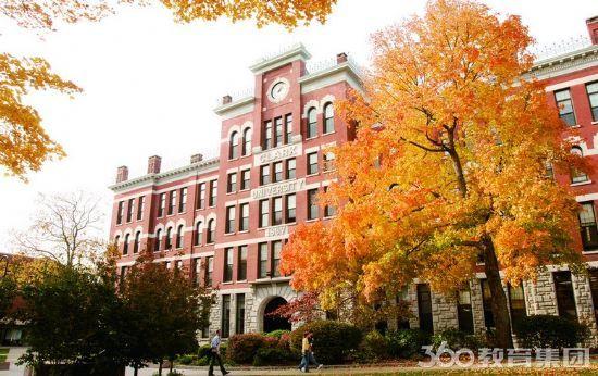路易克拉克大学