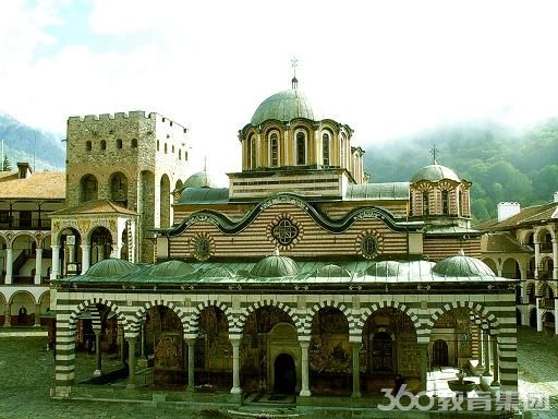 保加利亚留学:注重与西方发达国家的教育合作