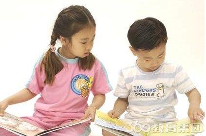 入学新加坡幼儿园   孩子从小开始接受与所有英联