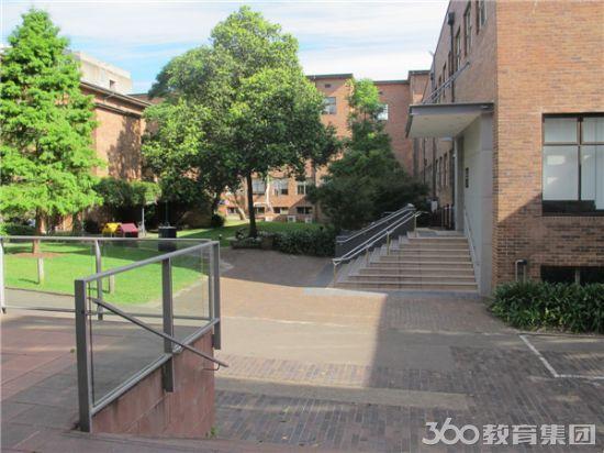 新南威尔士大学工程学院