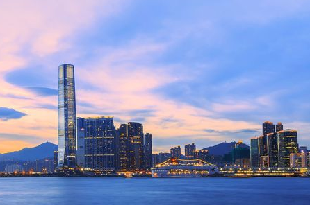 去香港留学深造是很多学生的选择,想去的话得做好这些准备