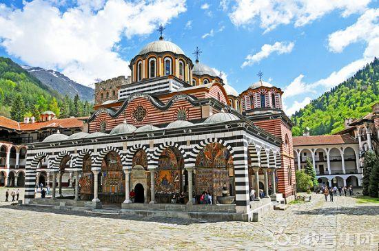 保加利亚留学费用