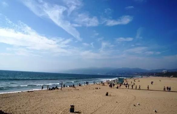 沙滩3中文版_3.圣塔莫妮卡海滩