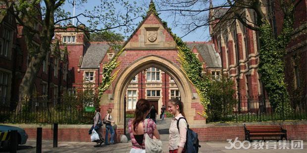 英国平面设计专业院校
