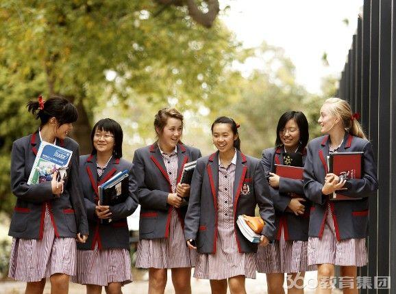 科若娃圣公会女子学校课程设置