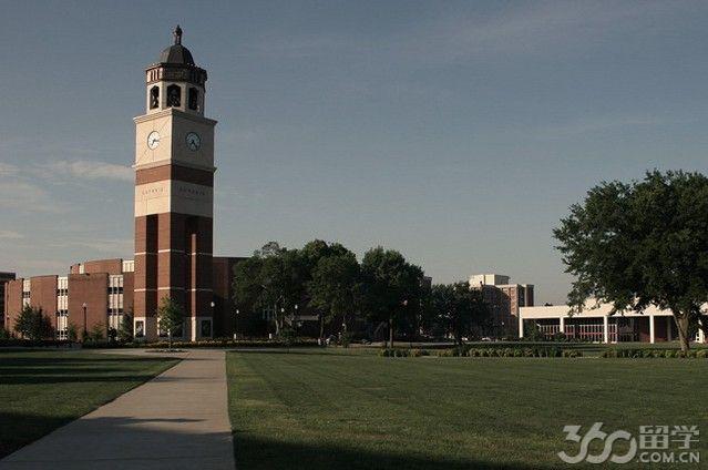 2017年西肯塔基大学入学要求高吗