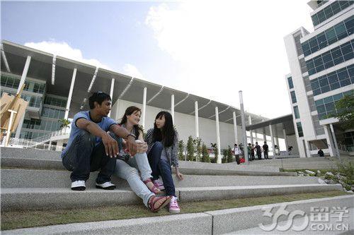 2018年taylors泰莱大学本科费用多吗