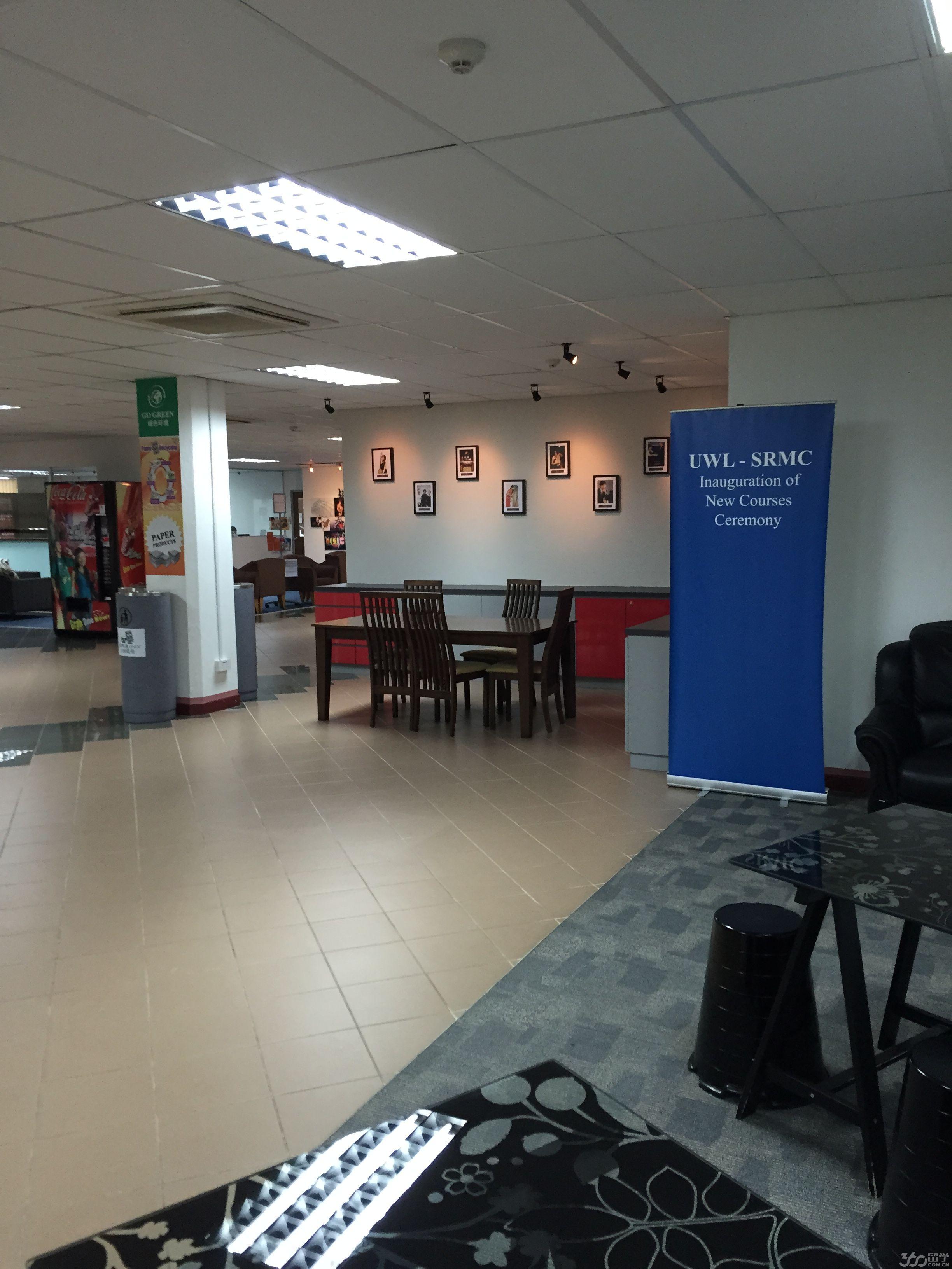 新加坡莱佛士音乐学院学费多少?
