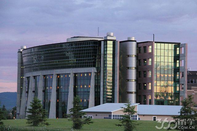 湖首大学地理环境
