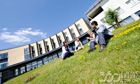 拉夫堡大学国际经济学