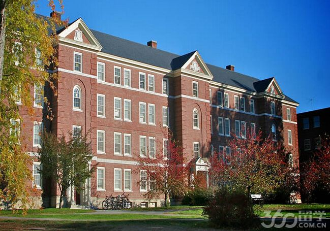 斯科特·莫里森大学