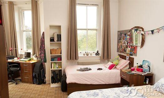 伦敦大学皇家霍洛威学院申请条件有哪些 - 英国