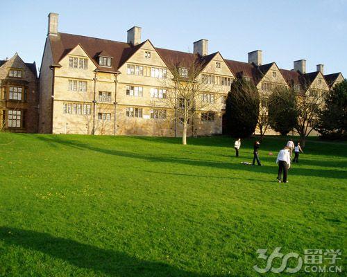 英国布里斯托大学住宿