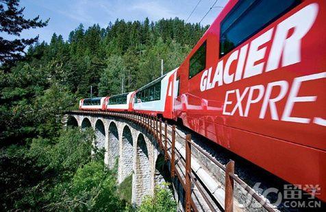 瑞士留学的12所大学学费一览