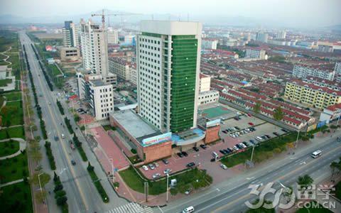 机构关键词 > 正文       牟平区隶属于山东省烟台市,位于胶东半岛
