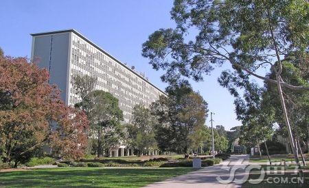 莫纳什大学读研
