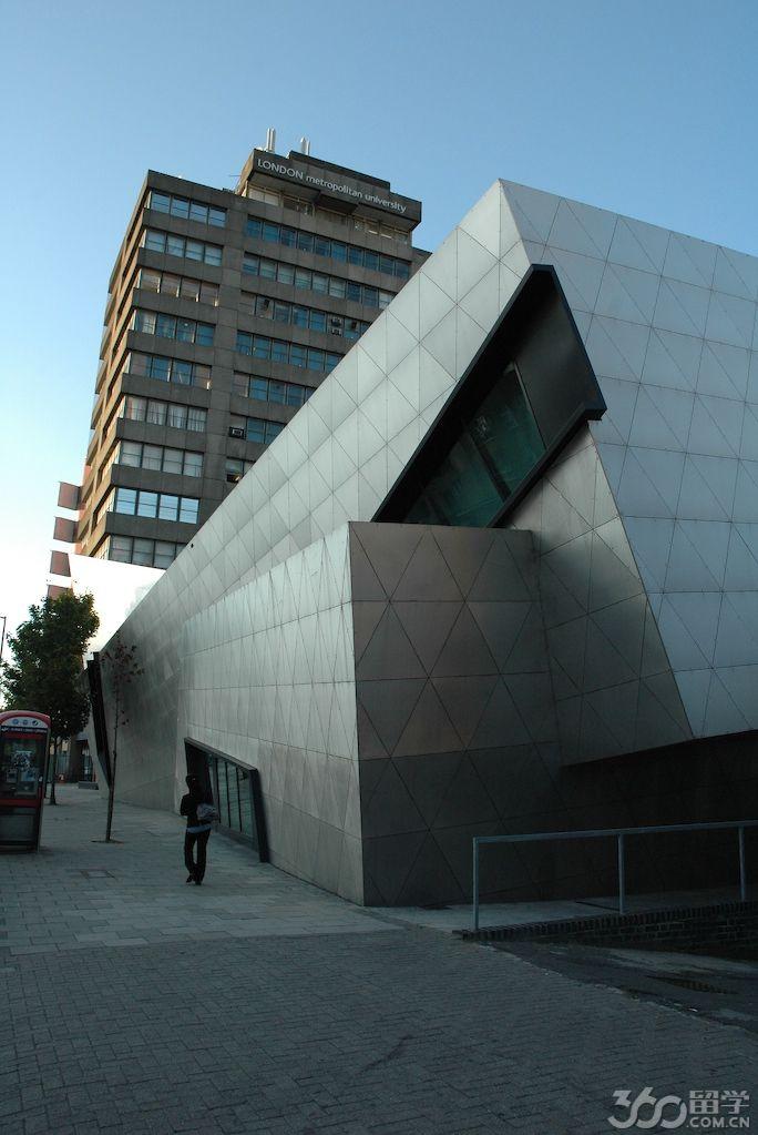 英国伦敦城市大学与卡迪夫城市大学哪个好