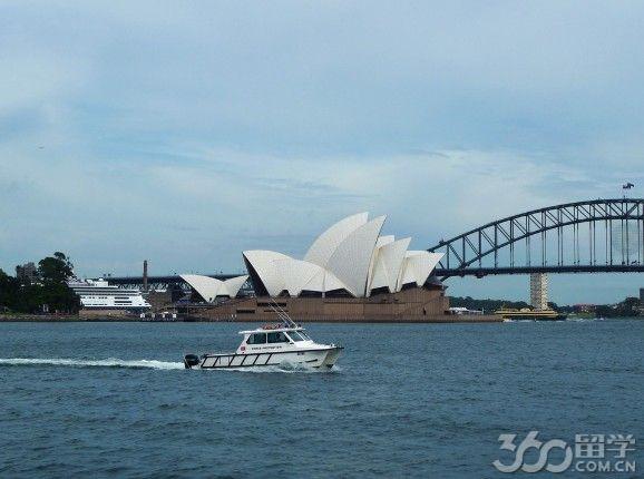 澳洲留学转学情况及转学实用技巧