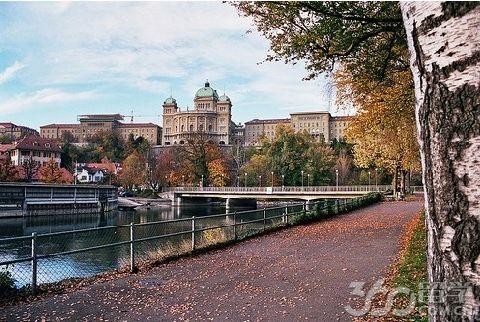 瑞士酒店管理 IMI瑞士国际酒店管理大学申请材料