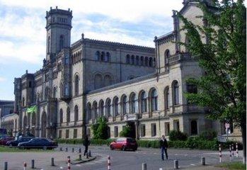 哈勒-维腾贝格大学