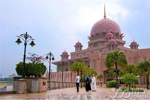 马来西亚留学:将继续推行三年制学制