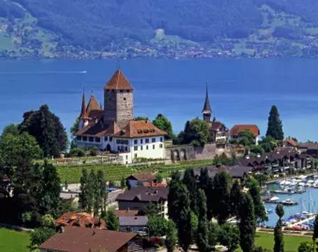 瑞士文化传统差异