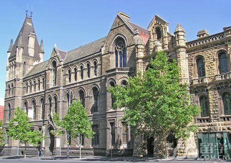 皇家墨尔本理工大学商学院奖学金及申请攻略