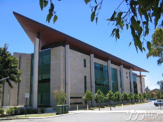 西澳大学如何缴学费