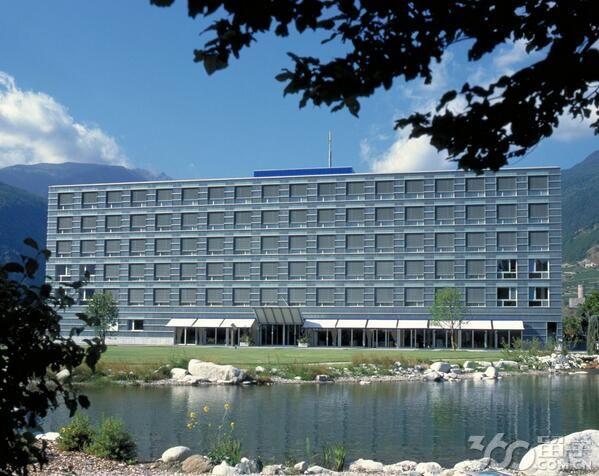 瑞士国际酒店管理学院双学位